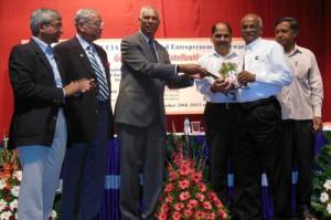 Cummins India gana el premio a la excelencia en responsabilidad corporativa