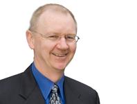 Peter Blake CEO de RITCHIE BROS dimitirá en mayo de 2014