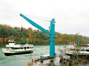 Primer uso de la nueva grúa de servicio pesado de Liebherr en Cataratas del Niágara