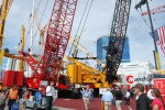 New-MLC-crawler-cranes-at-CONEXPO-thumb
