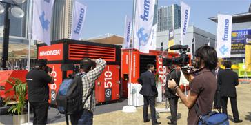 El grupo electrógeno HIMOINSA Power Cube capta el interés de más de 15.000 visitantes en Middle East Electricity, Dubai