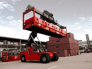 Kalmar y reachstacker son sinónimos en China