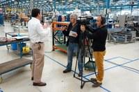 ULMA Packaging recibe la visita del programa Teknopolis de EITB