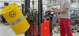 Nuevos volteadores de bidones para áreas de protección contra explosiones de Linde Material Handling