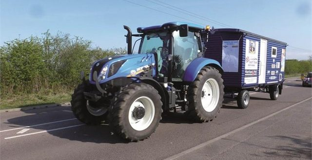 Tractores #New Holland en las 5000 millas del Blue Force Coastline Tractor Challenge