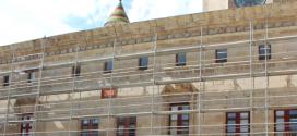 Alco Grupo participa en la restauración de la fachada principal de la Paeria de Cervera