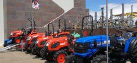 Los tractores #Kioti y #Solis presentes en #EXPOLIVA
