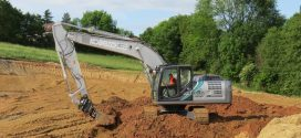 La nueva excavadora híbrida Kobelco SK210HLC-10 llega a Europa