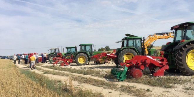 Tractores ZETOR  presentados en la Exposición Eslovaca