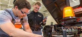 Crown Gabelstapler abre un nuevo centro de formación en Neufahrn, cerca de Múnich