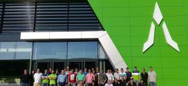 Concesionarios españoles Deutz-Fahr reciben formación en la nueva fábrica de Lauingen