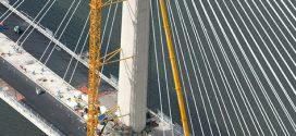 Las grúas Liebherr de gran importancia en la construcción del puente de Queensferry