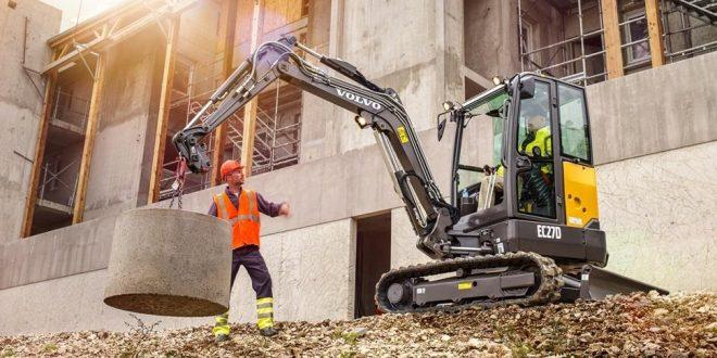 Nueva excavadora compacta Volvo EC27D
