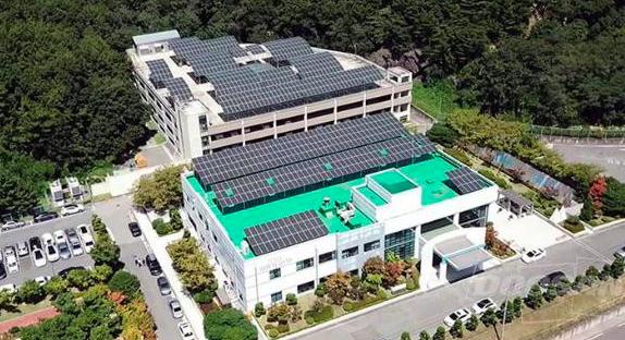 Doosan Heavy Industries & Construction construye una planta de energía solar y energía híbrida de almacenamiento