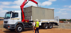 El distribuidor sudafricano de Fassi, instala una grúa articulada Fassi F155A.0.21