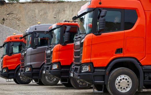 Scania presentó su nueva gama de camiones de construcción