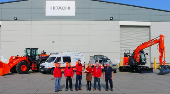 HITACHI apoya a los equipos de rescate de montaña