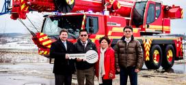 Primera grúa contra incendios Liebherr LTM 1070-4.2 entregada en Taiwán