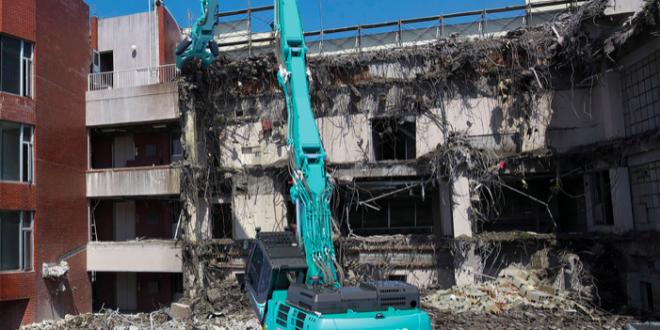 Kobelco lanza nuevas máquinas de demolición en el mercado europeo