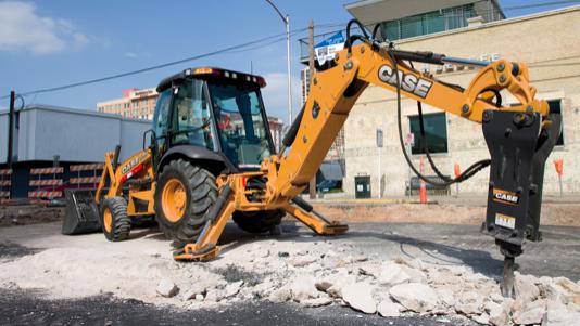 Máquinas CASE aportan fuerza y potencia en las obras del viaducto San Martín