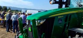 Jornada demostrativa John Deere de Vicens Maquinaria Agrícola S.A. en el Campo en Albi