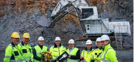 Liebherr entrega una excavadora de accionamiento eléctrico de 200 t a la mina Eurovia