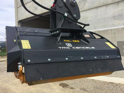 Fytusa adquiría su primera trituradora hidráulica  TMC CANCELA