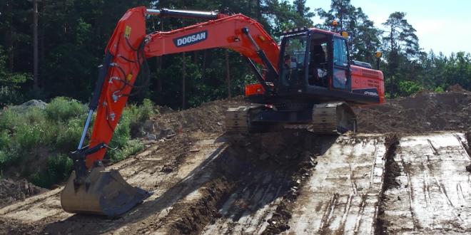 Nueva opción Trimble Ready® para excavadoras Doosan