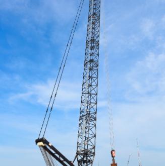 Link-Belt Cranes presenta la nueva grúa sobre orugas 348 Series 2 de 300 tn