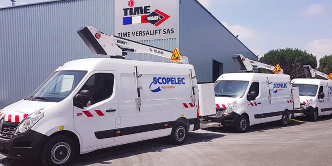 Una plataforma Versalift ETL-32-125 para la empresa Scopelec