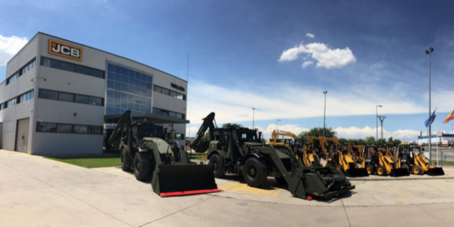 WALKIA entrega 2 retroexcavadoras blindadas JCB HMEE al ejercito español