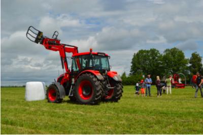 Los tractores ZETOR vuelven al espectáculo de países bálticos