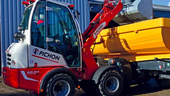 Mecalac Group adquiere la producción de la marca Pichon de cargadoras compactas de ruedas