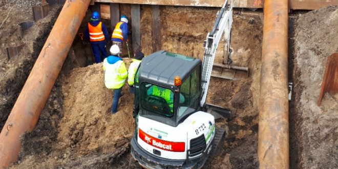 Bobcat E32, solución compacta para un proyecto de carretera en Polonia