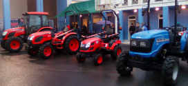 Agricola Bidasoa celebra Santa Lucia con los tractores Kioti y Solis