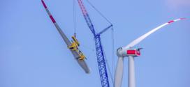 Mayor seguridad para montaje de aerogeneradores con el sistema SLGS de Liebherr