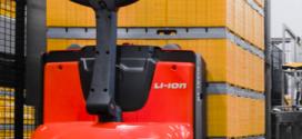 Toyota Material Handling presenta nuevas y versátiles transpaletas y apiladores