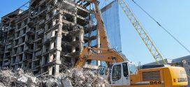 Demoliciones Apolodor ayudadas por maquinaria @Liebherr