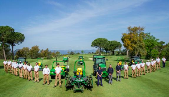 PGA Catalunya Resort firma un acuerdo con John Deere