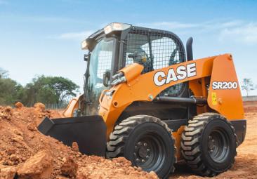 Máquinas CASE en la implementación de gas natural en Trujillo y Chiclayo
