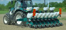 Línea completa de tractores e implementos de ARBOS en SIMA 2019