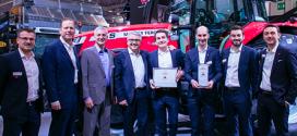 El MF 7719 S de Massey Ferguson recibe el premio a la máquina del año 2019 en SIMA